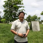 Dr.Orville Bondoc, PhD in Animal and Livestock Genetics/Breeding , University of the Philippnes at Los banos. ( Dr.Bondoc is the Technical Consultant for Longscore Gamefarm on Breeding..)
